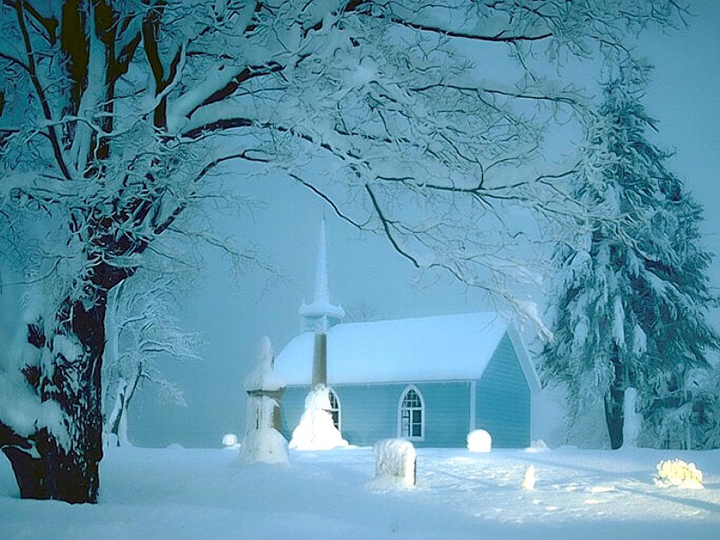kışın karlı kulube